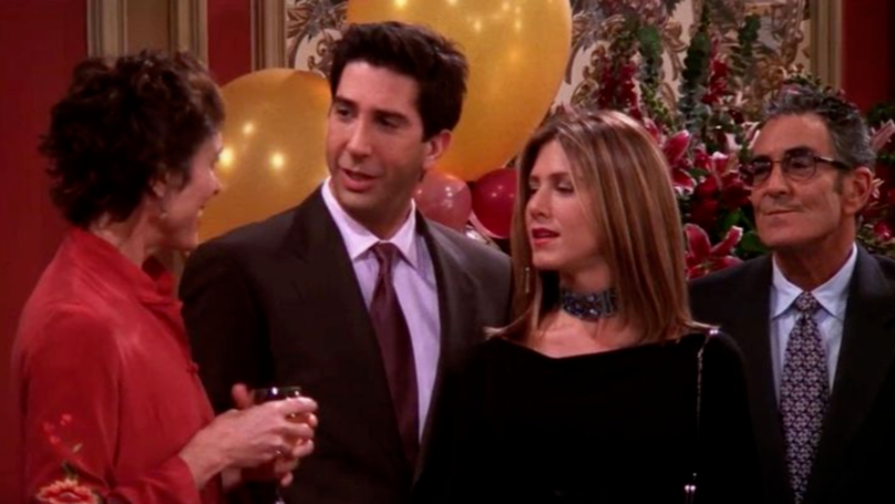 When Ross and Rachel pretend they're together, where does Ross' fake proposal take place? 10