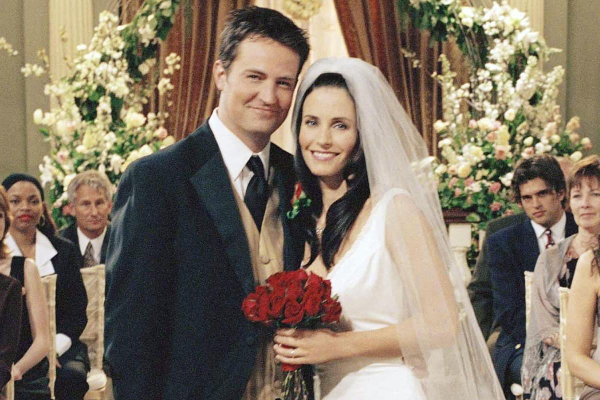 Can you answer 10 Love Questions about Monica And chandler 10