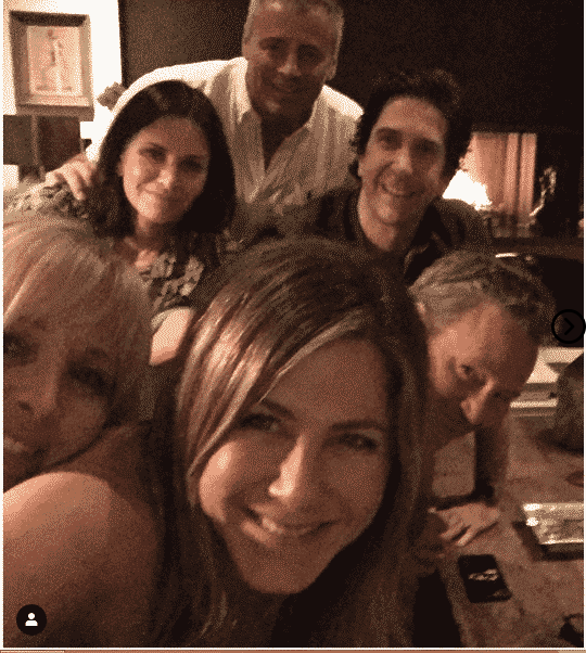 Jennifer Aniston finally joins Instagram Sharing the first photo 1
