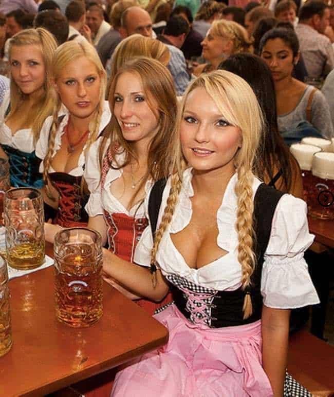 Welches ist traditionelle deutsche Kleidung? 4