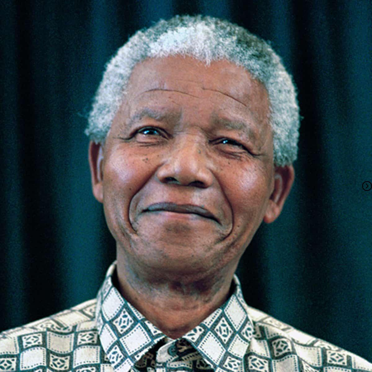 In which island Nelson mandela spent 18 years in Jail 2